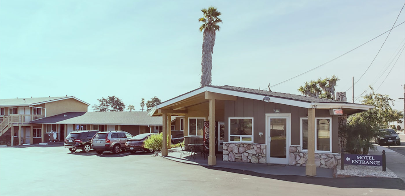 Welcome To Ocean Palms Motel